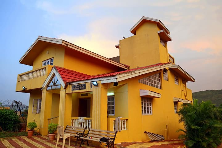 Private Farm Villa in Lonavala-6BHK
