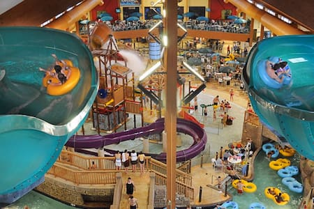 Wilderness Resort/Glacier Canyon 3/5-3/8 - Wisconsin Dells - Timeshare