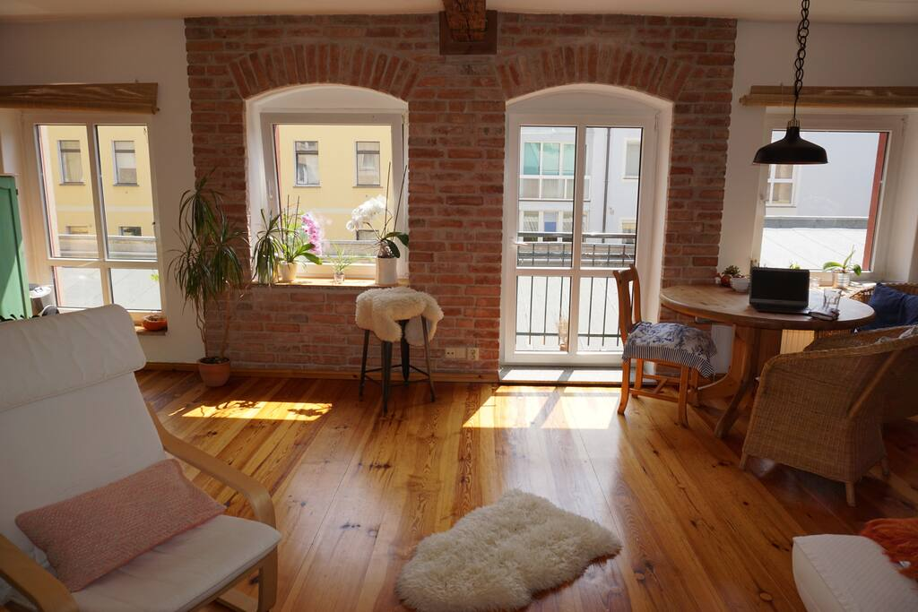 Bricks, wood and sunny, spacious room layouts make a cozy atmosphere to fully enjoy your stay in Berlin.