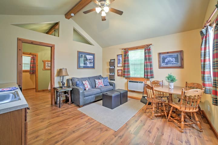 Rustic Cabin -Mins to Table Rock Lake & DT Branson