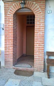 Appartamento Ristrutturato  a 50mt CLINICA MAUGERI