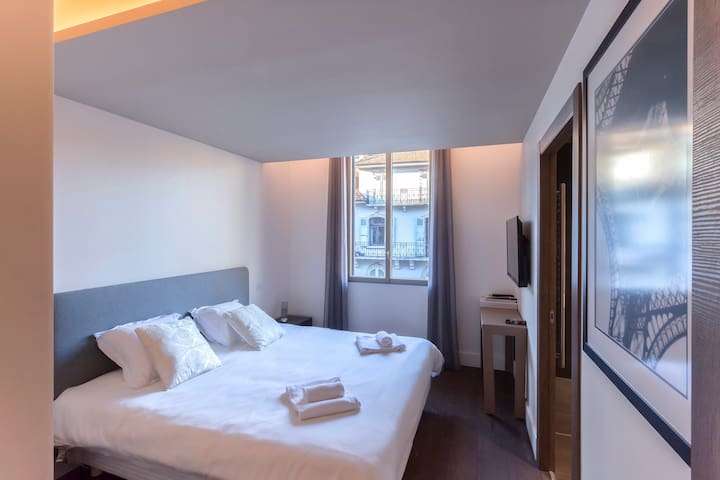 Parmelan Bedroom-Hotel Si Particulier