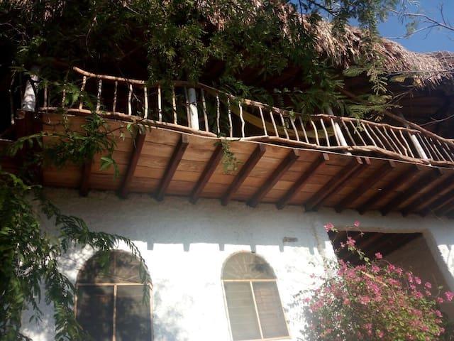 TREE HOUSE  MICAEL TAGANGA - Taganga - Pis