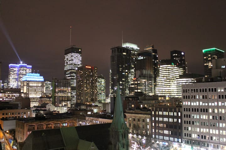 Outstanding view private balcony/Downtown Montreal
