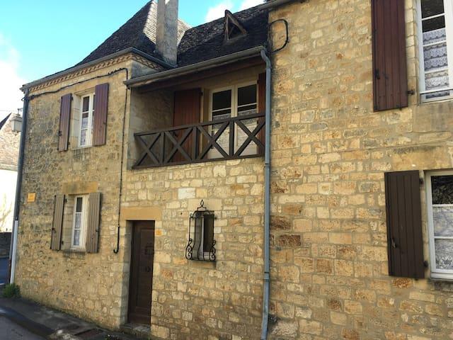 Maison dans un village classé, sans jardin