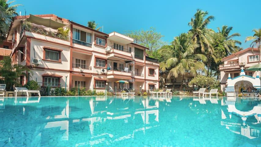 Valuable Stays Beachside 1 BHK Apartment 👉 BAGA!