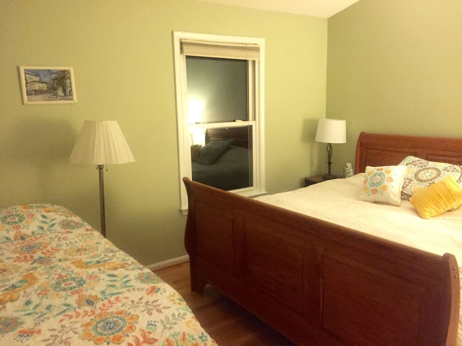 Two beds in the master bedroom - King and Twin XL.