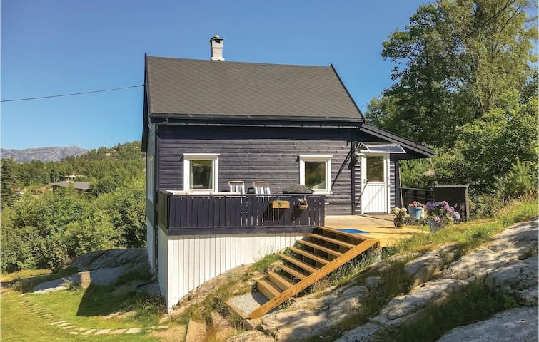Holiday cottage with 3 bedrooms on 60m² in Sandnes