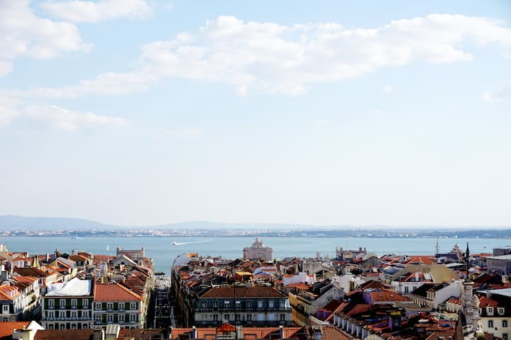Lovely Flat with a View near Rossio