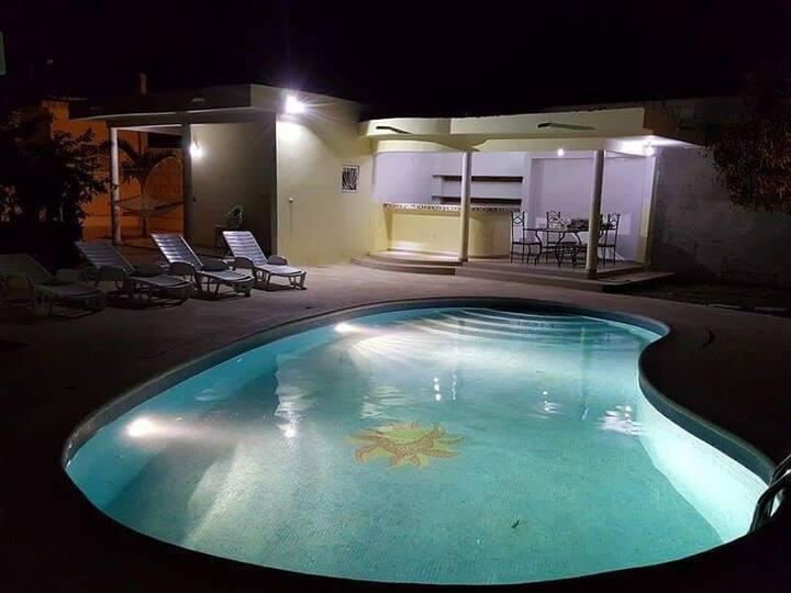 Villa du soleil piscine    ngaparou saly