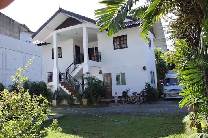 Chiang Mai, Kitti Rose Home Unit 2