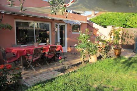Maison avec jardin proche du centre ville - Montélimar