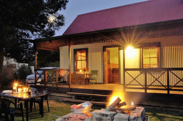 Knysna Forest Woodcutter Cottage - FireFly