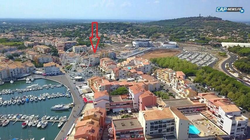 Studio 4 people center port Cap d'Agde