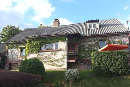 Klasická česká chalupa