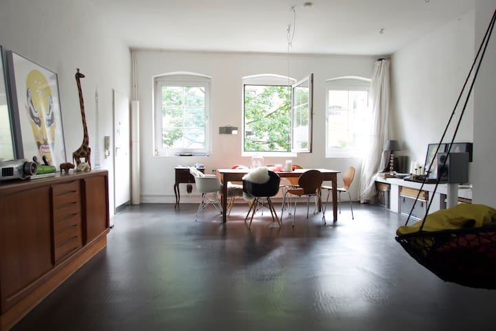 Artist's loft in Schanzenviertel - Amburgo - Loft