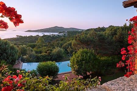 Villa panoramica su Golfo Pevero - Pantogia - Villa
