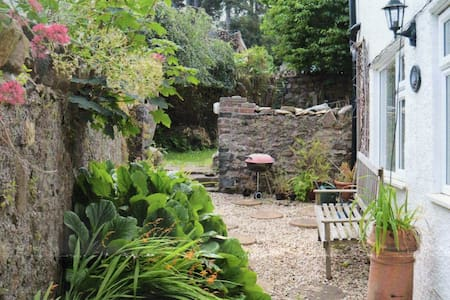 Secluded close to amenities triple - Penmaenmawr - Bed & Breakfast