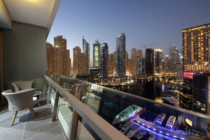 Beautifully Designed 2 bedroom in Dubai Marina