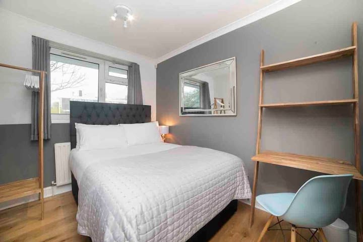Stylish, New & Super Clean Double Room!