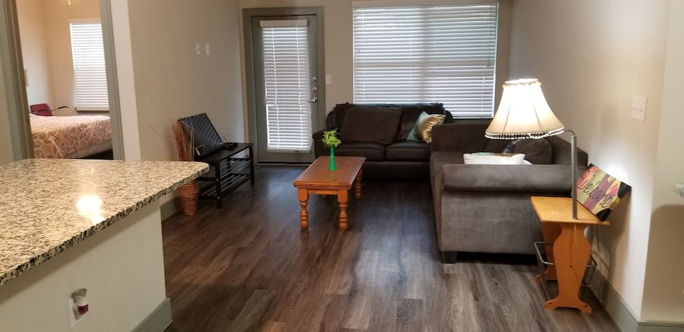 Private rooms in a beautiful 3 bedrooms/3 baths!