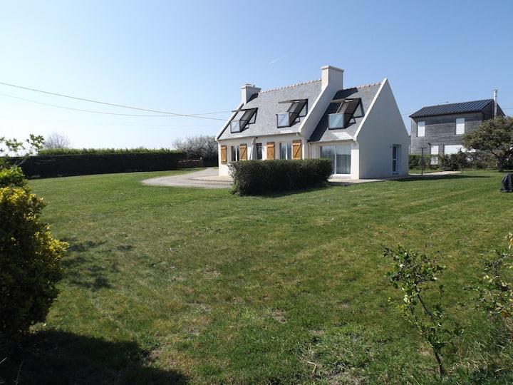 maison JADEC la plage à 200 m, Bretagne, Finistère
