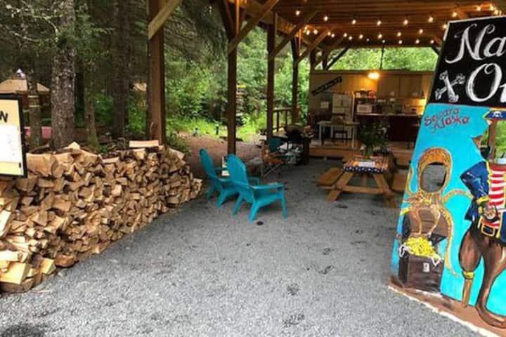 Unique Alaskan 2 Bed Yurt in Fairy Tale Forest
