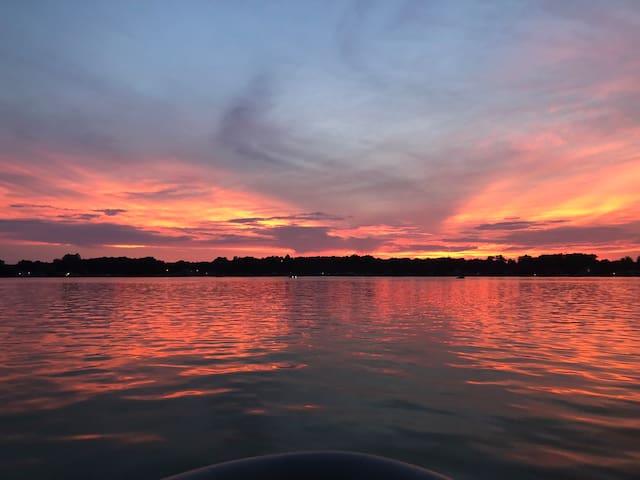 Adorable Lakeside Dream
