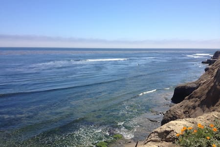 Room with a view on the Pleasure Point surf break - Santa Cruz - Huis