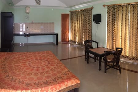 Chopra House - Upper Room 5 - Kangra