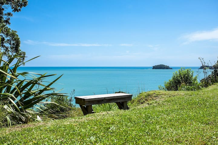 Your Kiwi Holiday Home at Omaio Bay
