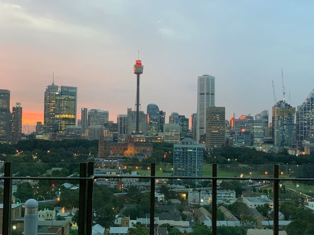 Room with a view in Potts Point