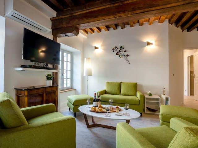 BEAUNE GUIGONE-Duplex-Apartment
