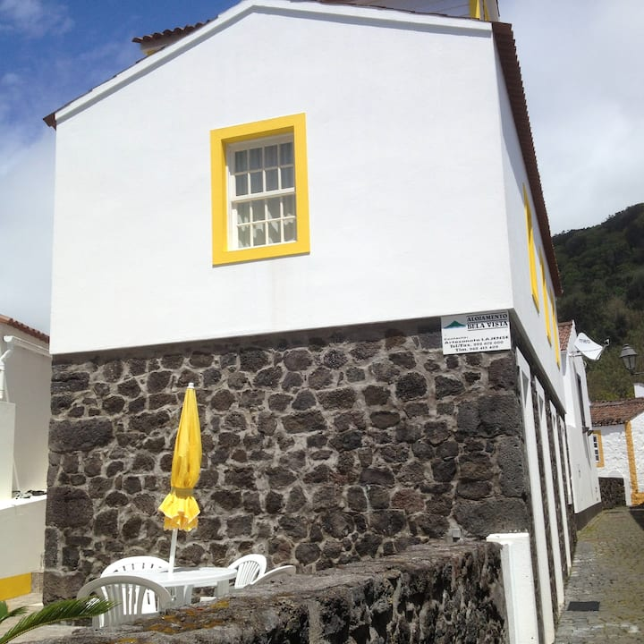 Apartment with one bedroom in Lajes Do Pico, with wonderful sea view, terrace and WiFi