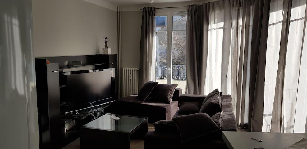 Rodez hypercentre 45 m²/ 485ft²