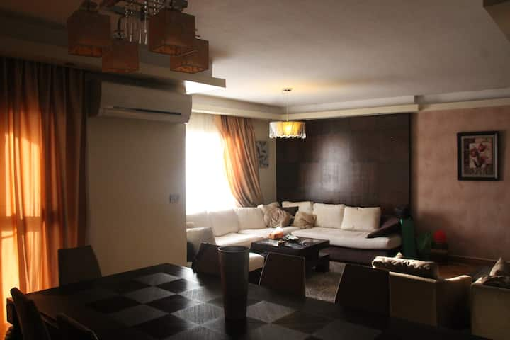 Luxury Hotel Style Apartment-Rehab City-nr Airport