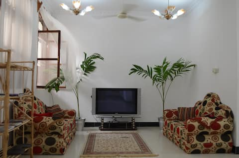 Private big room in heart of Stonetown. WIFI
