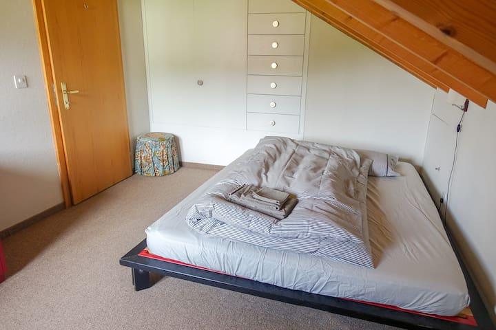 Schlafzimmer 3 (Obergeschoss)
