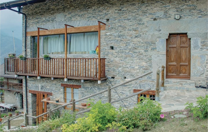 Holiday apartment with 4 bedrooms on 120m² in Elva (CN)