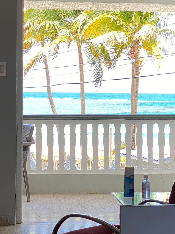 Cozy Beach Apartment