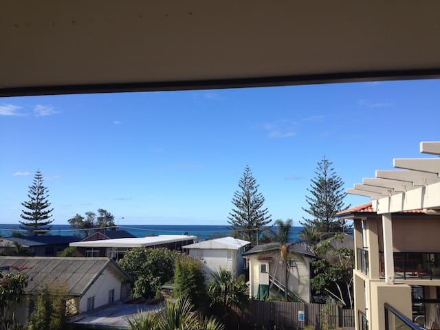 Beach View Apartment - Currumbin - Byt