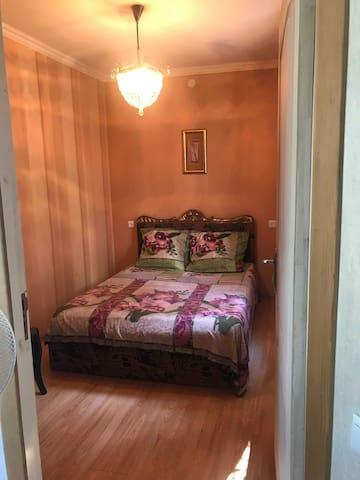 Квартира 70 кв.м. на улице Агмашенебели