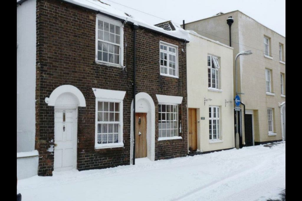 Duke's Cottage in the snow