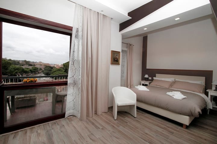 30sqm Panoramic Balcony Room - ローマ - アパート