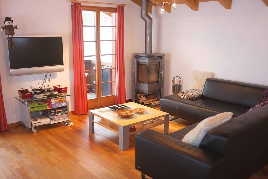 Sofas, games, wood burning stove