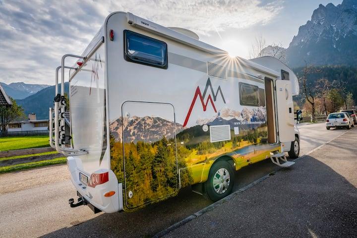Camper / Wohnmobil Carado 361 Alkoven für 4 Gäste!