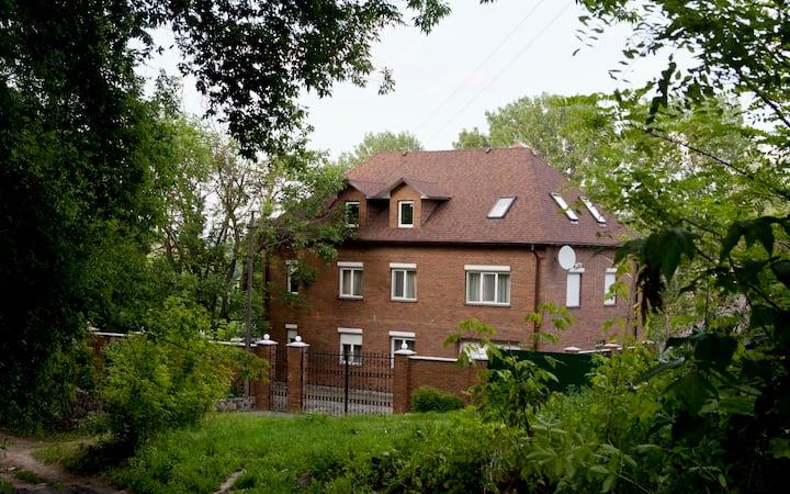 Exclusive cozy villa near Kiev for holidays