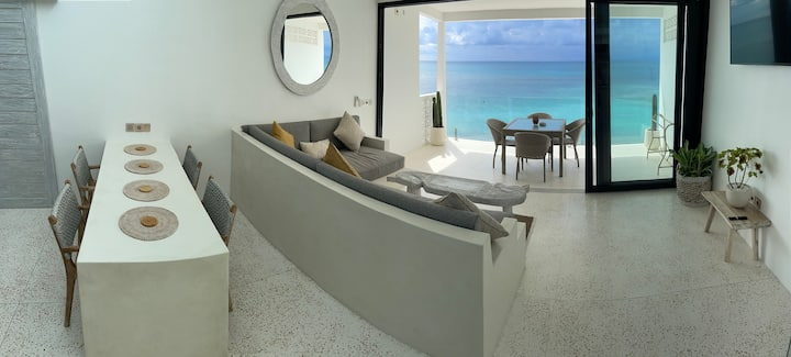 I N F I N I T Y - B I N G I N  / Beachfront Luxury