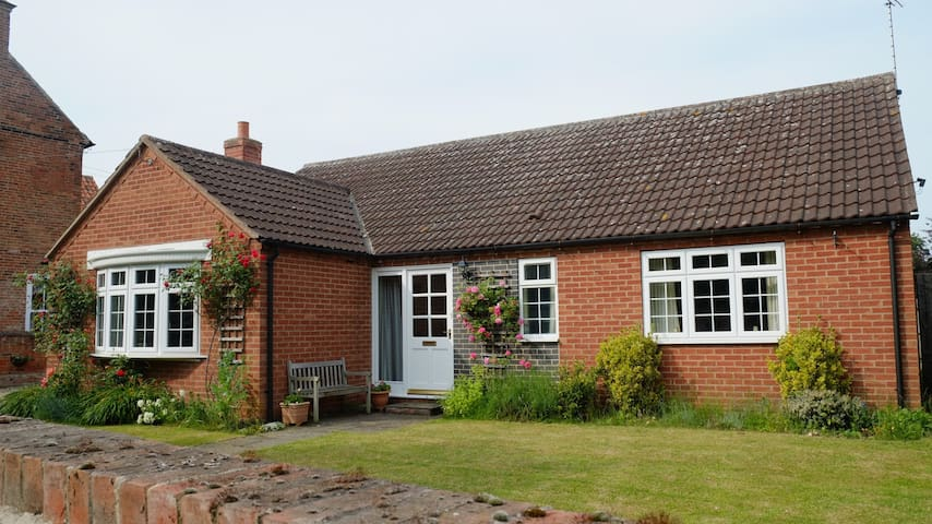 Peaceful modern cottage near Southwell - Nottinghamshire - Talo