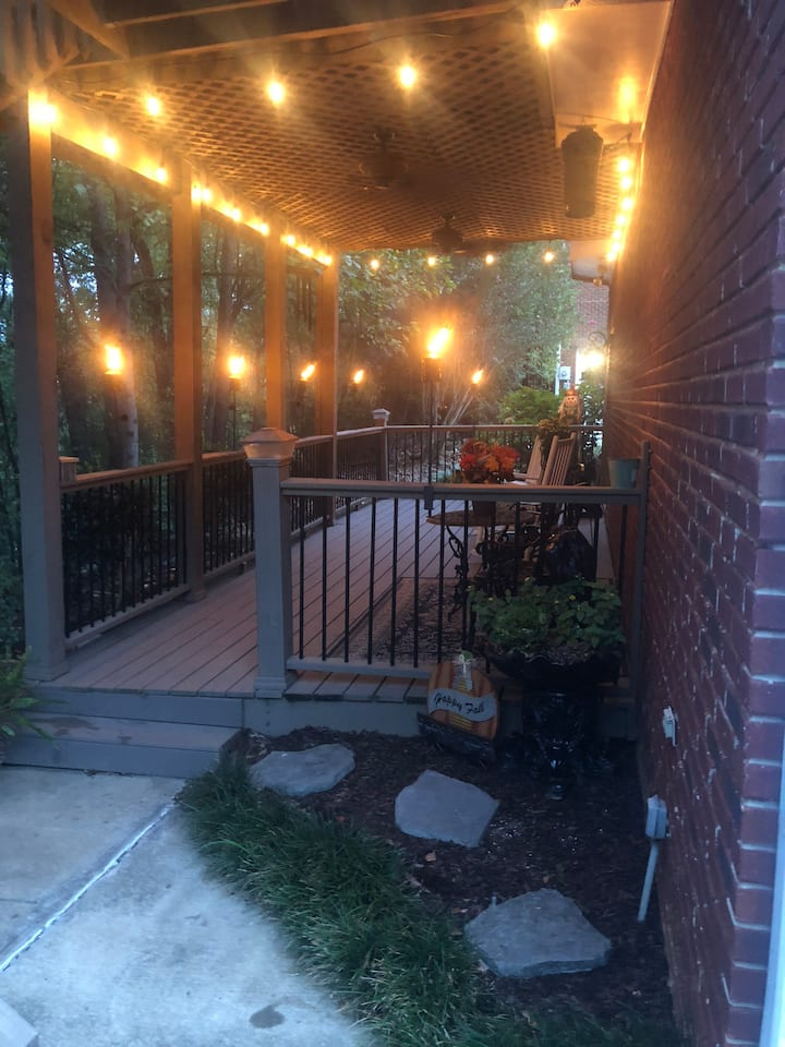 280 Corridor,Oak Mountain Park Private Studio Apt.